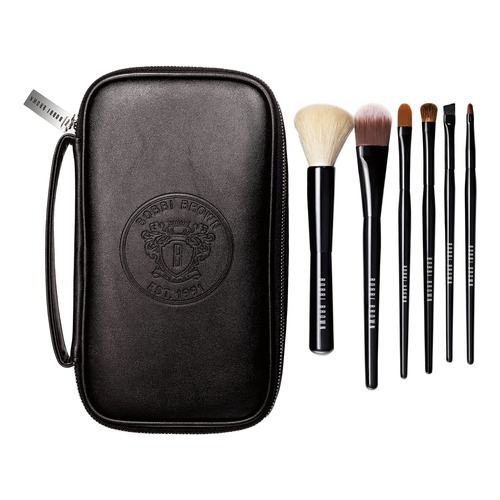 Bobbi Brown Classic Brush Collection Набор косметических кистей в чехле Classic Brush Collection Набор косметических кистей в чехле h15 professional makeup brushes squirrel hair sokouhou goat hair eye shadow brush walnut wood handle cosmetic tool make up brush