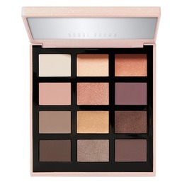 Nude Drama Eye Shadow Palette Палетка